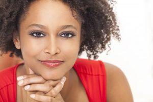 Cómo evitar el frizz en el pelo