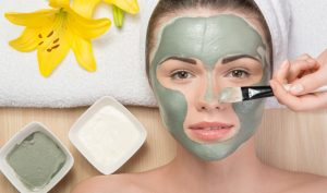 Prepara mascarillas faciales caseras para el cuidado de tu piel
