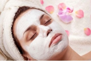3 exfoliantes caseros que no debes perderte para eliminar el vello facial