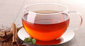 Tomar té, otra buena forma de hidratación