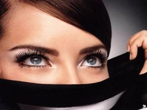 Las cejas y la forma de tu rostro