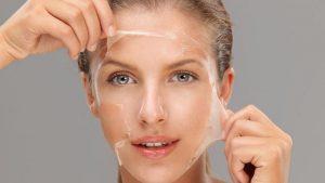 Peeling: una manera efectiva de mantener tu piel impecable