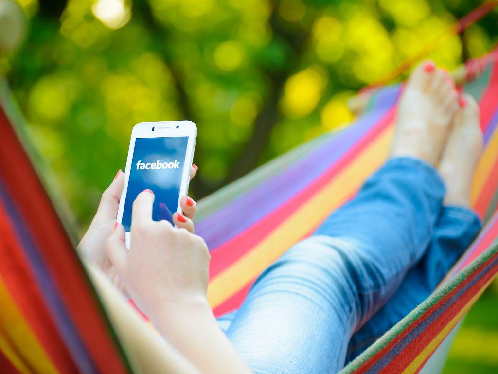 Mujer y móvil- Cómo llevar un calendario menstrual