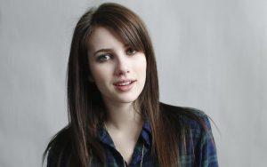 ¿Se cambió el look Emma Roberts? Mira lo que confesó su estilista
