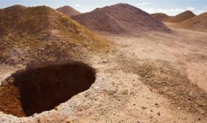 Existe una asombrosa ciudad dentro de este agujero y necesitas verla por dentro