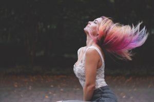 Un tinte de cabello que cambia de color con la temperatura