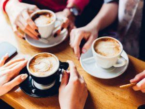 ¿Qué hacer para que la cafeína no afecte tu sueño?